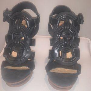 L.A.M.B Black leather platform sandal